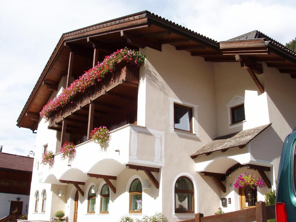 Residence frea selva di val gardena italy for Design hotel val gardena