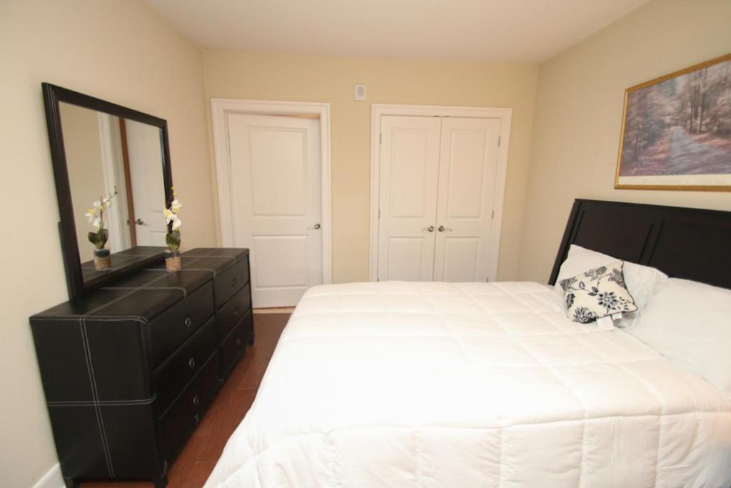 One Bedroom Apartment, Philadelphia, PA - Booking.com
