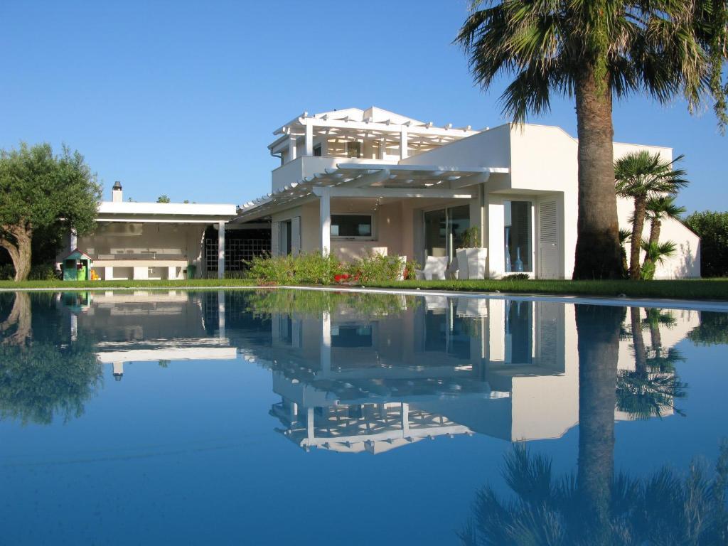 Villa penelope marina di ragusa prezzi aggiornati per for Foto di case