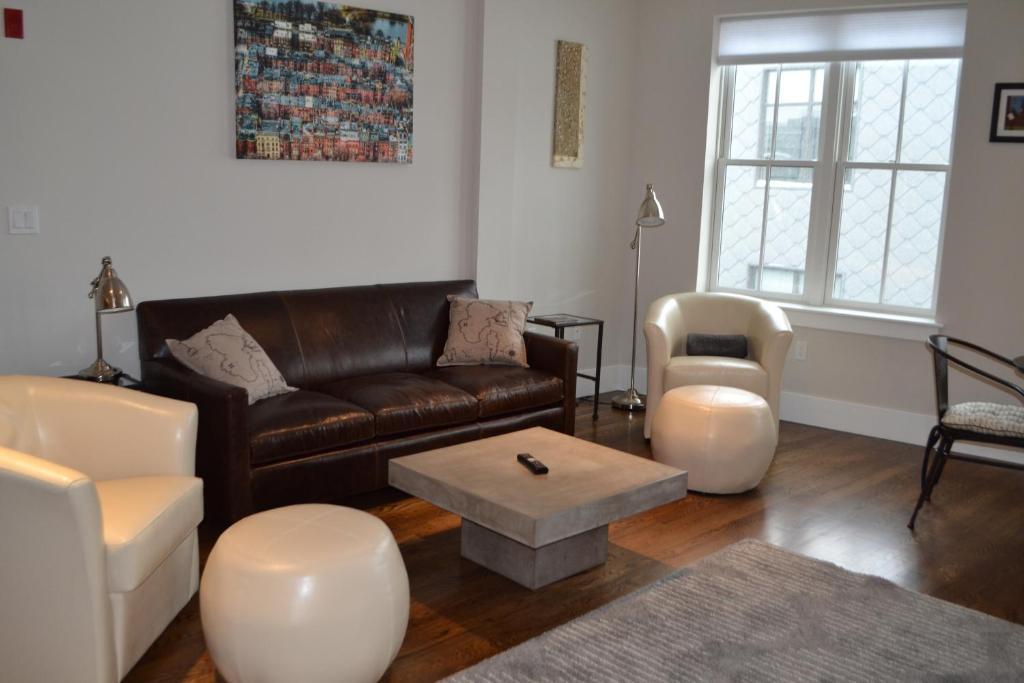 1 bedroom apartmentspare suite, boston, ma - booking