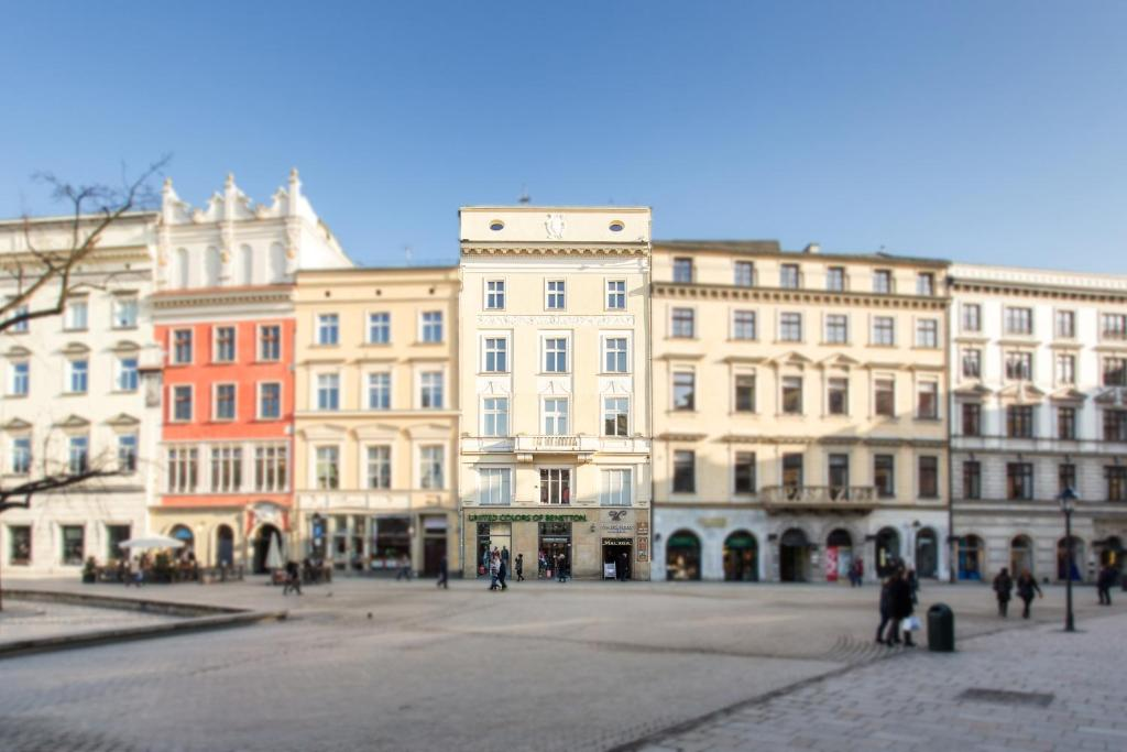 Aparthotel Venetian House Market Krakw Poland  Bookingcom