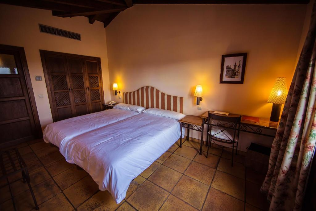 boutique hotels in toledo  29