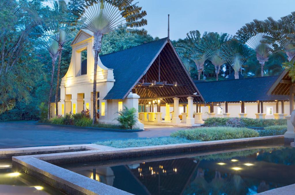 Novotel Bogor Golf Resort Harga 2018 Terbaru