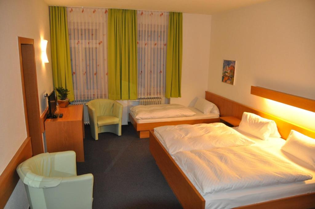 hotel lamm deutschland neckarsulm. Black Bedroom Furniture Sets. Home Design Ideas