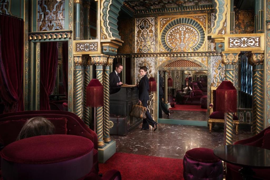Hotel Maison Souquet, Paris, France - Booking.com