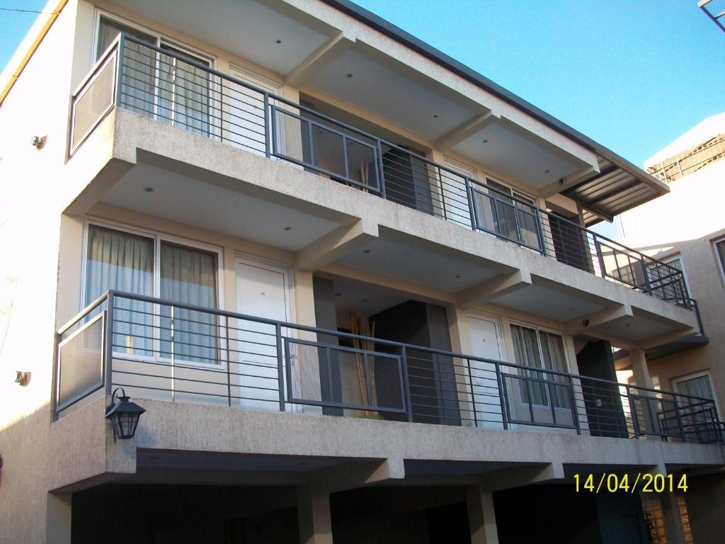 Apart hotel vi edos dorados luj n de cuyo argentina for Appart hotel booking