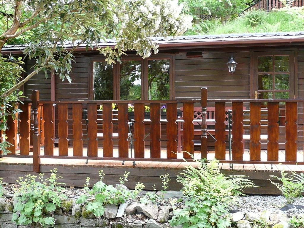 Whinfell Tarn Luxury Log Cabin, Ambleside – Updated 2018 Prices