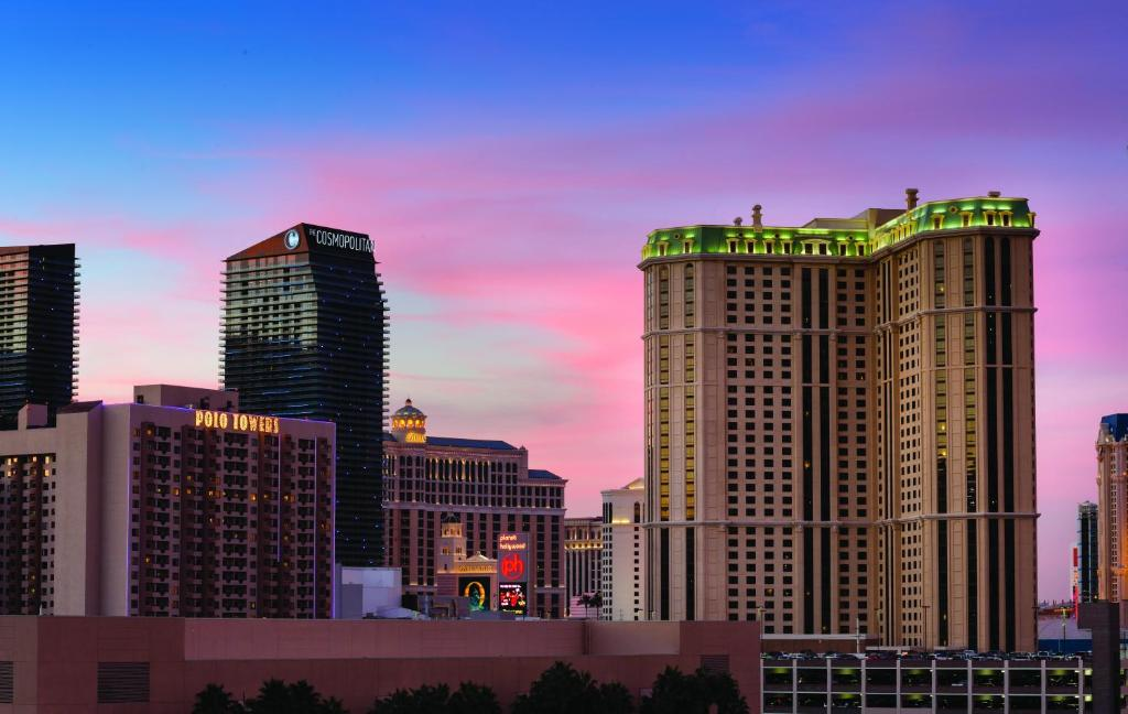 Hotel Marriott's Grand Chateau Las Vegas NV Booking Inspiration 3 Bedroom Hotel Las Vegas Exterior Property