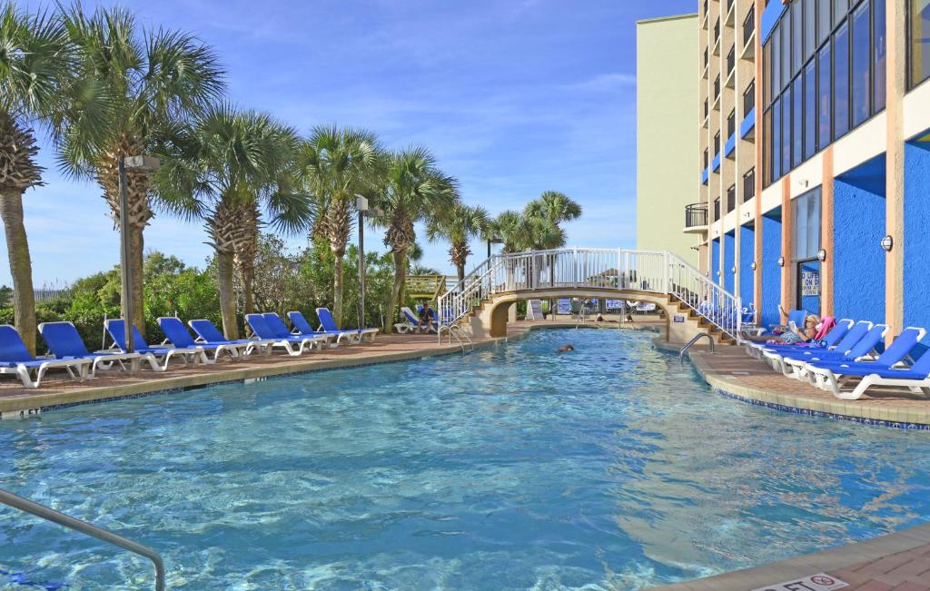 Resort monterey bay suites myrtle beach sc for Pool show monterey