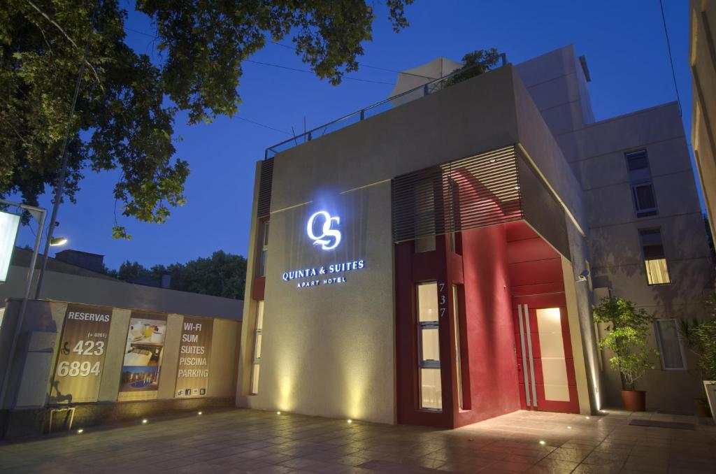 Quinta & Suites Apart Hotel
