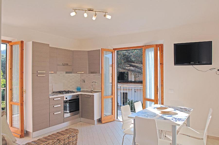 Appartamenti Casa Pineta Italia Marina Di Campo