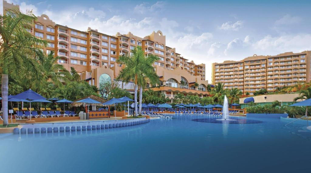 Azul ixtapa resort mexico for Top rated mexico all inclusive resorts