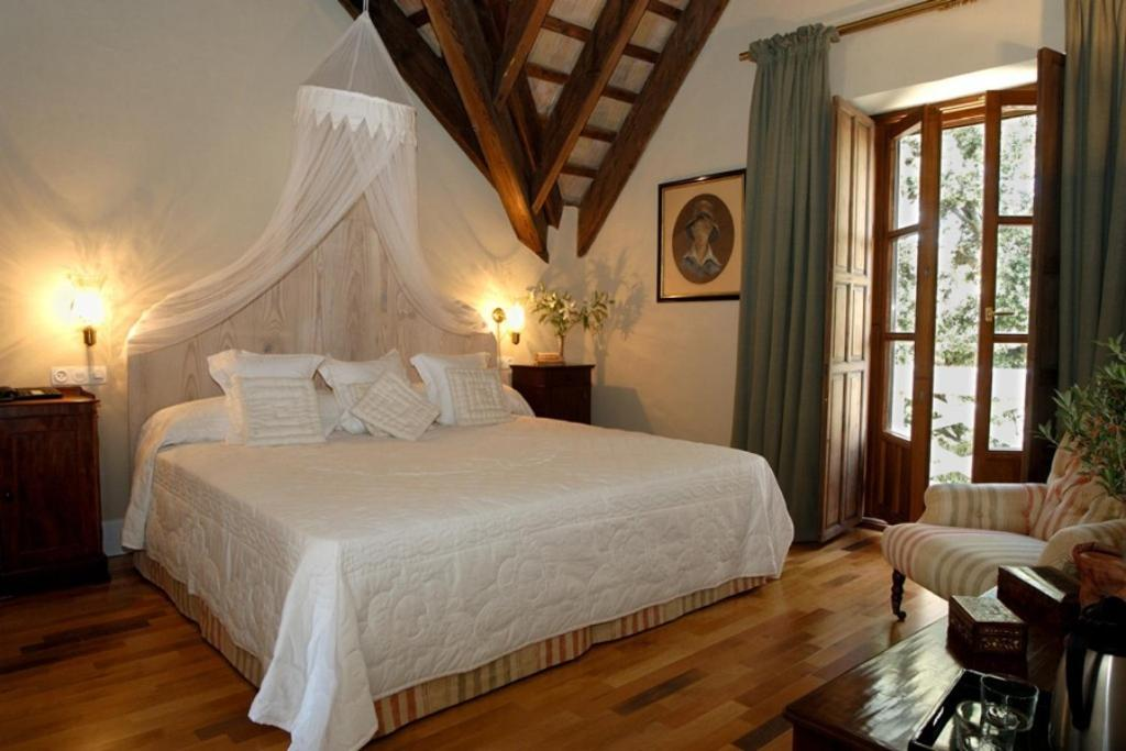 boutique hotels in jerez de la frontera  14