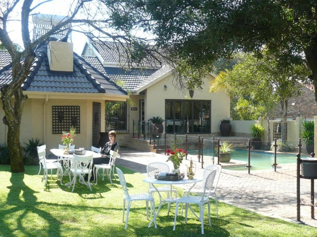 The swimming pool at or near Villa Xanelle Boutique Guest House