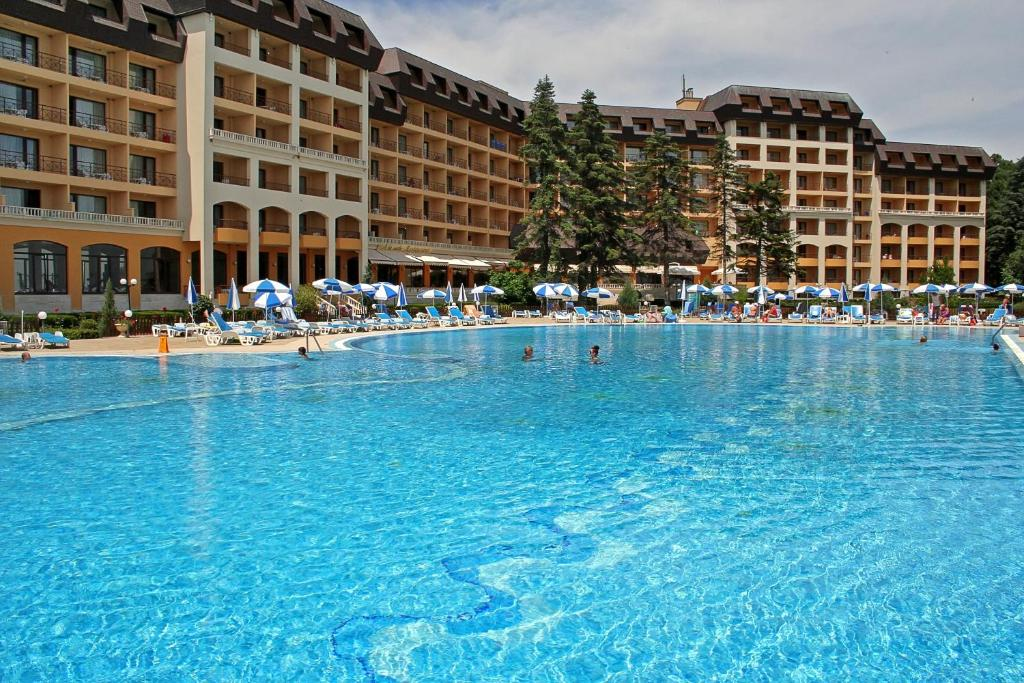Riviera Holiday Club - All Inclusive