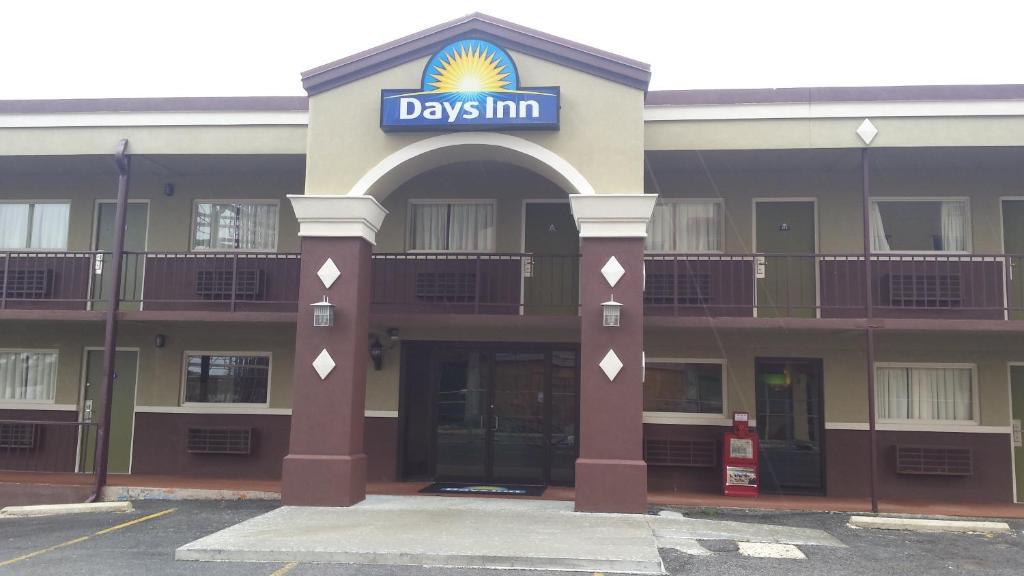 Days Inn Of Hot Springs Ar Booking Com