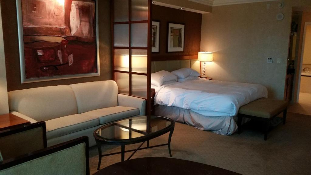 Studio Suite At Signature Hotel Las Vegas NV Booking Gorgeous 2 Bedroom Suites Las Vegas Strip Set