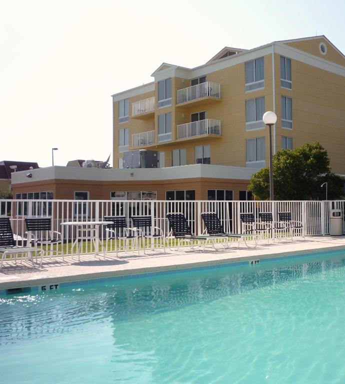 Holiday Inn Express North Myrtle Beach Little River Reserve Now Gallery Image Of This Property