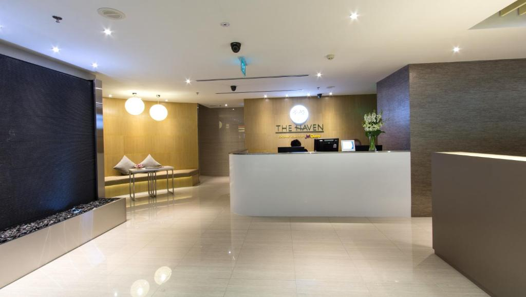 The lobby or reception area at The Haven by JetQuay