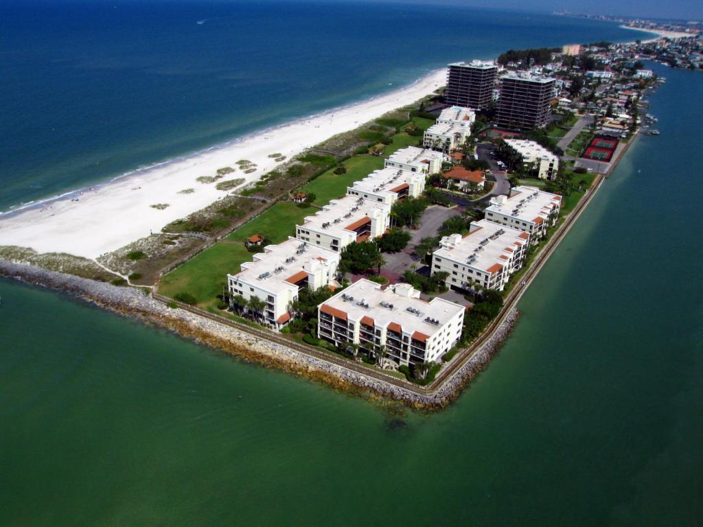 Apartment Lands End, St. Pete Beach, FL - Booking.com