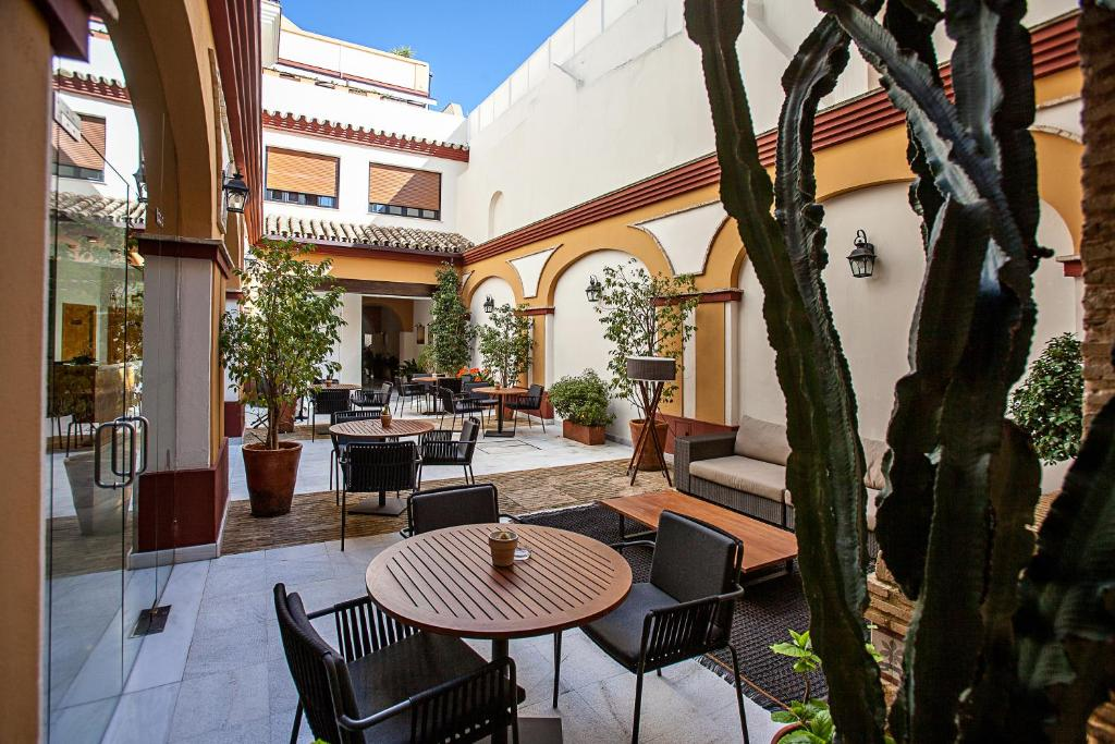 boutique hotels sanlucar de barrameda  21