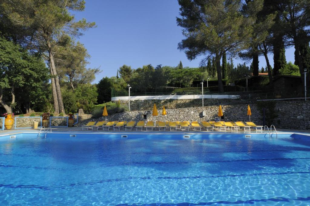 The swimming pool at or near Camping C'era Una Volta