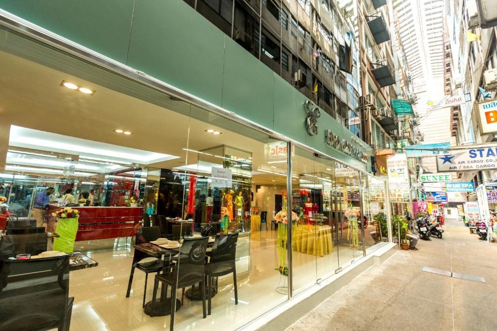 Hotel Euro Luxury Pavillion Bangkok Thailand Booking Com