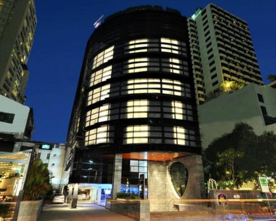 Hotel Plus 20 Sukhumvit Bangkok Thailand Booking Com