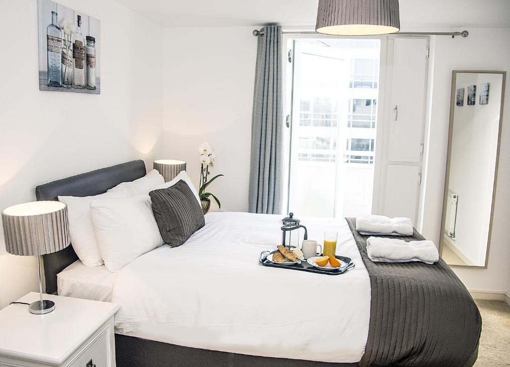 Base Serviced Apartments - The Docks, Liverpool - Updated ...