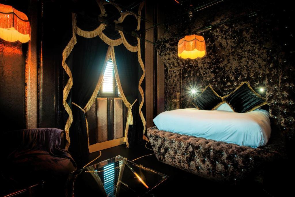 Crazy Bear Hotel Booking