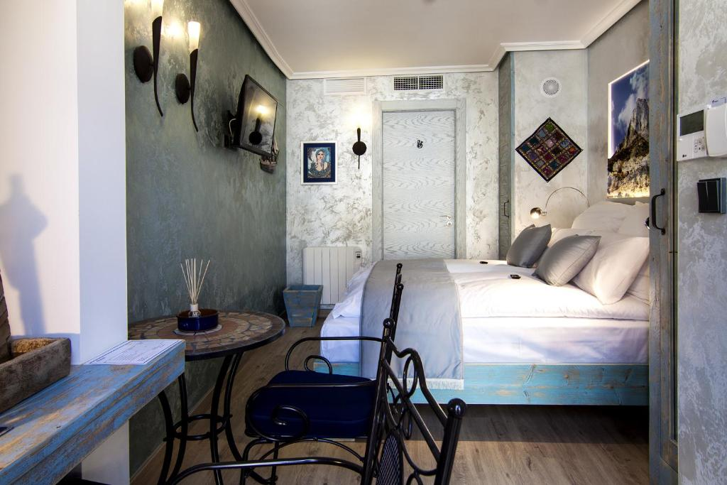 boutique hotels in valencia community  22