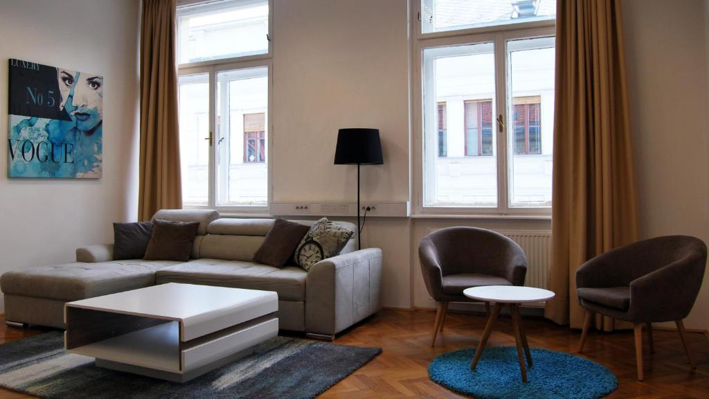 Spacious Apartment Ljubljana Slovenia Rooms