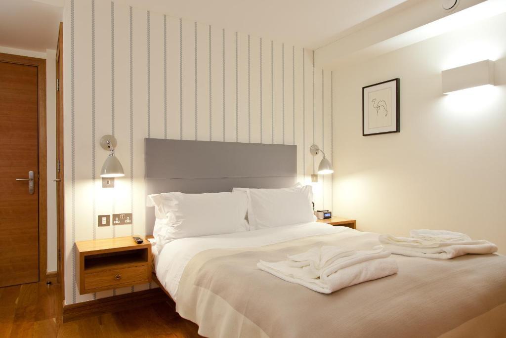 Apartment blueprint living turnmill london uk booking malvernweather Images