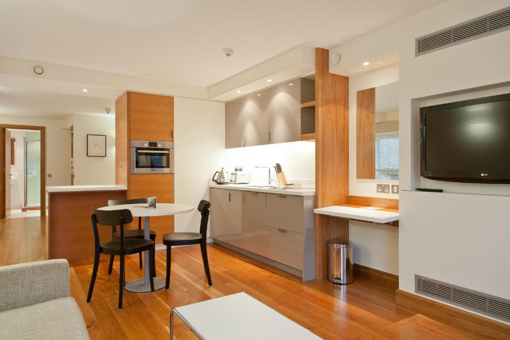 Apartment blueprint living turnmill london uk booking gallery image of this property malvernweather Image collections