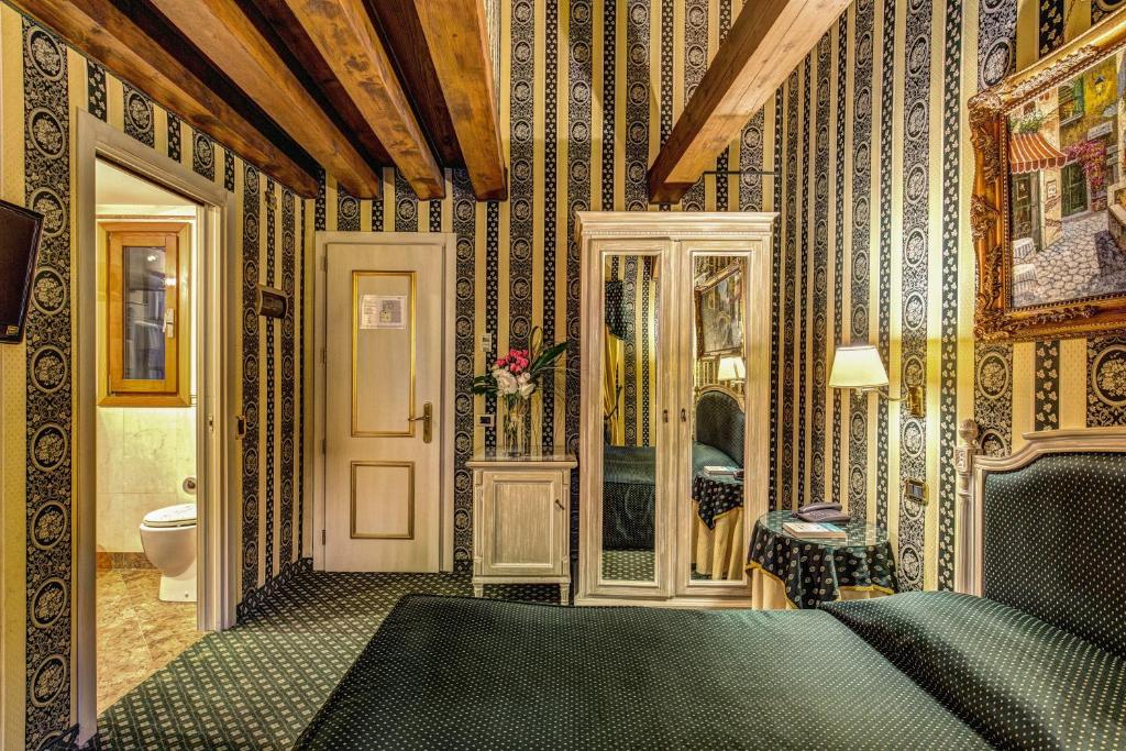 Bed and Breakfast Relais Piazza San Marco, Venice, Italy - Booking.com