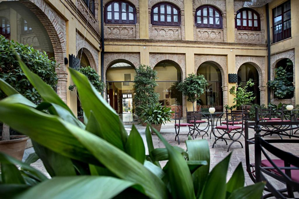 boutique hotels sevilla provinz  51
