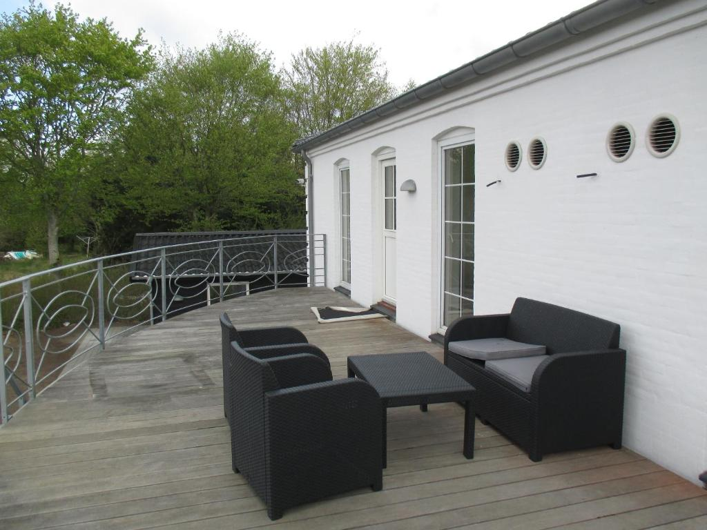 white house hotel apartments brande denmark booking com