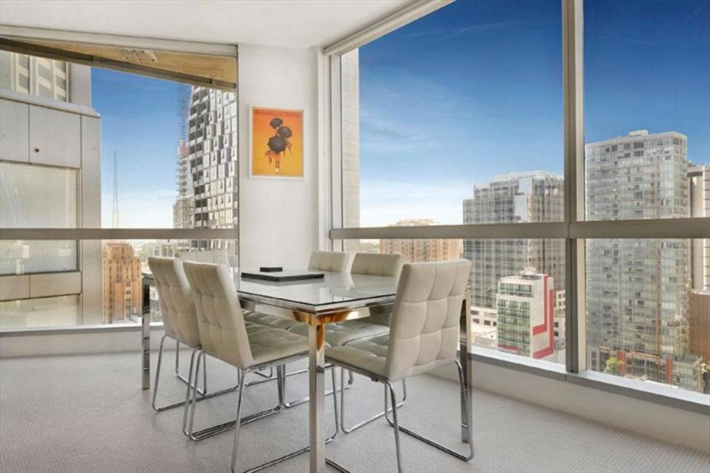 Apartment Melbourne Central - StayCentral, Australia ...