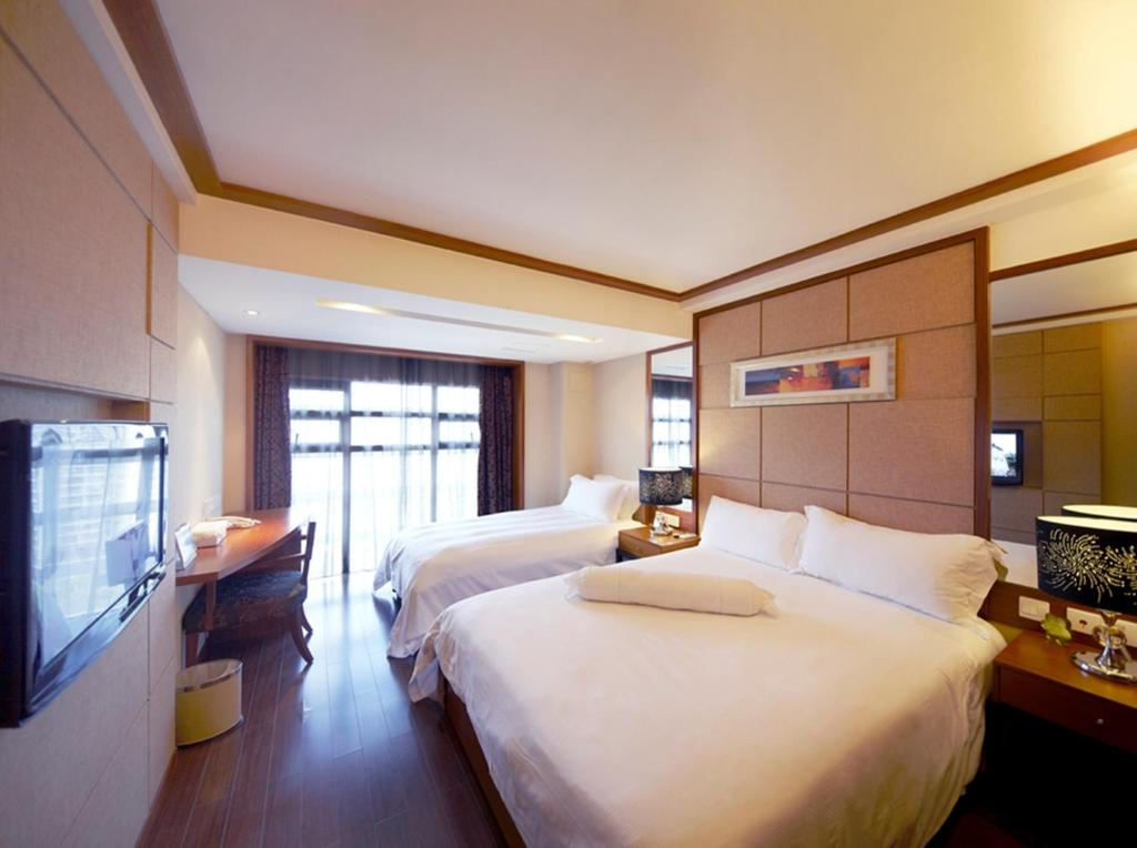 Condo Hotel Sunflower res. Shenzhen, China - Booking.com on