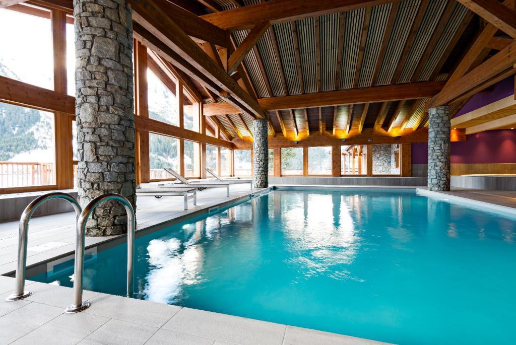 Condo Hotel Les Hauts de la Vanoise, Pralognan-la-Vanoise, France ...