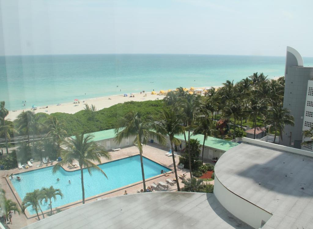 The New Casablanca On Ocean Miami Beach Best Beaches In