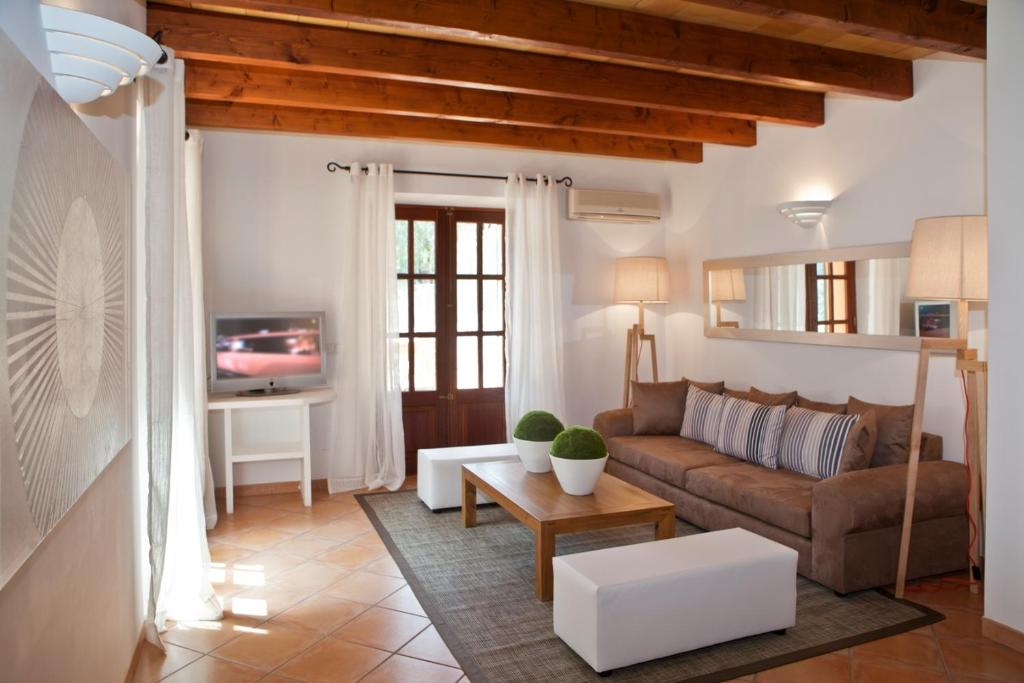 boutique hotels fornalutx  30