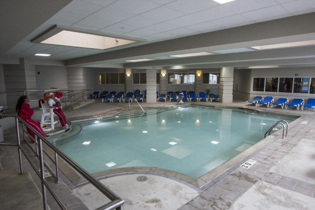 Cedar Falls Hotels Near Uni