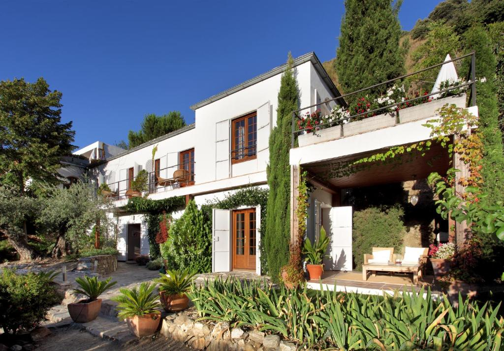 boutique hotels in monachil  1