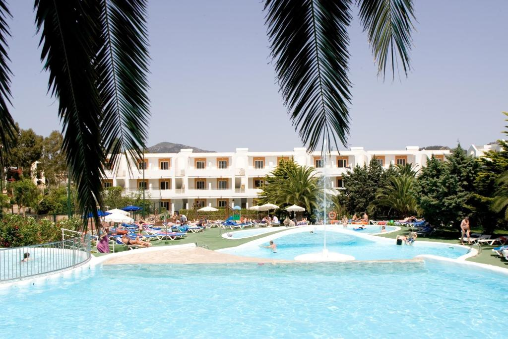 Jutlandia family resort santa ponsa spain - Booking mallorca apartamentos ...