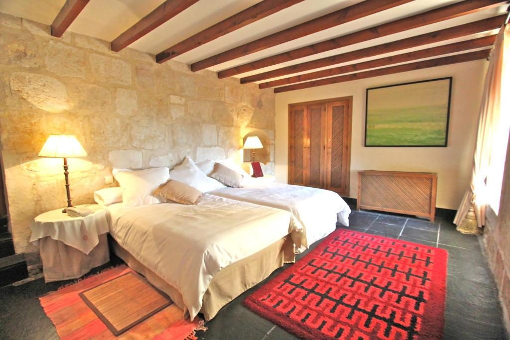 boutique hotels in villanueva de cañedo  8