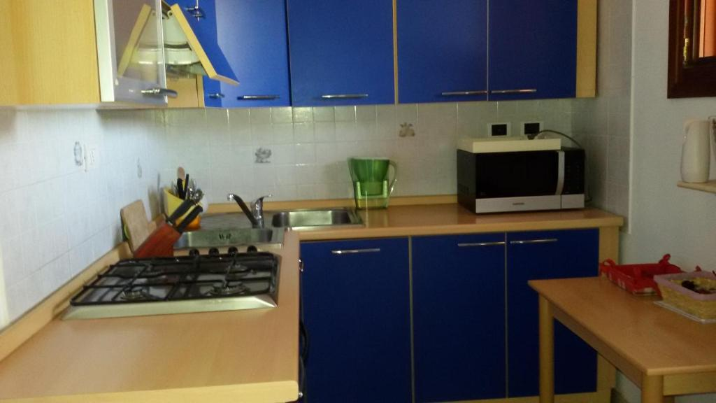 A kitchen or kitchenette at Casa Vacanze del Sole