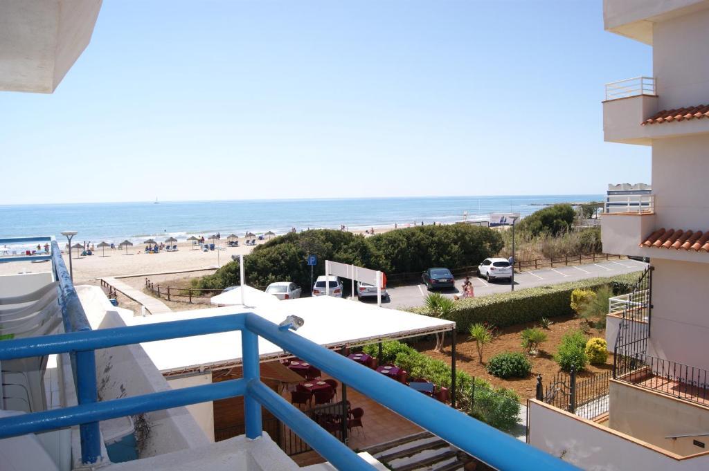 gran imagen de Apartamentos Playa Cargador