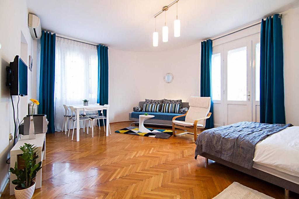 Cosy Studio Apartment 2-4, Zagreb, Croatia - Booking.com