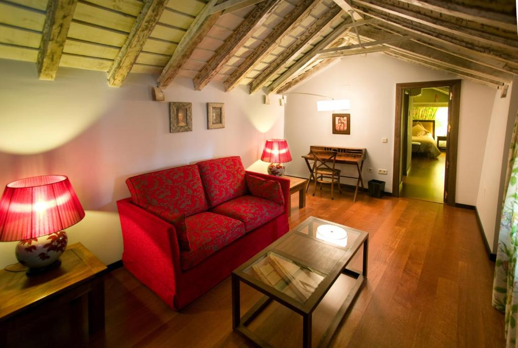 boutique hotels chinchon  14